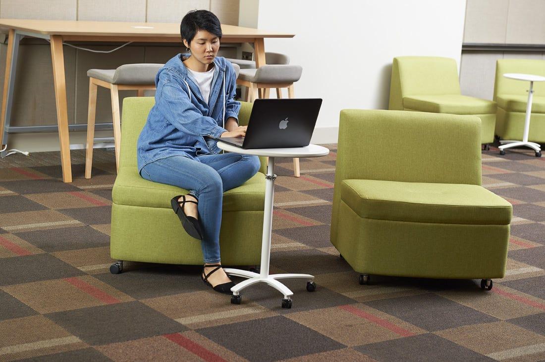 Learning Commons: Informal Breakout Zone